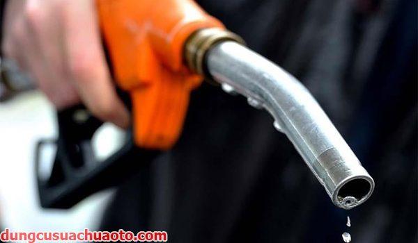 Những sai lầm cần tránh khí sử dụng xe ô tô