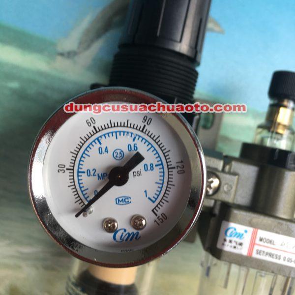 Đồng hồ thể hiện áp suất
