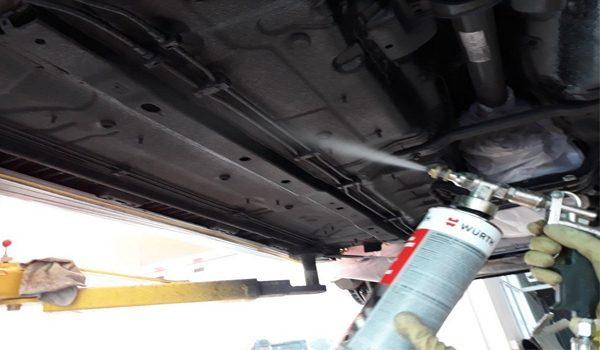 Sơn phủ gầm xe ô tô