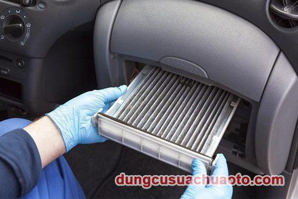 Cách vệ sinh dàn lạnh ô tô